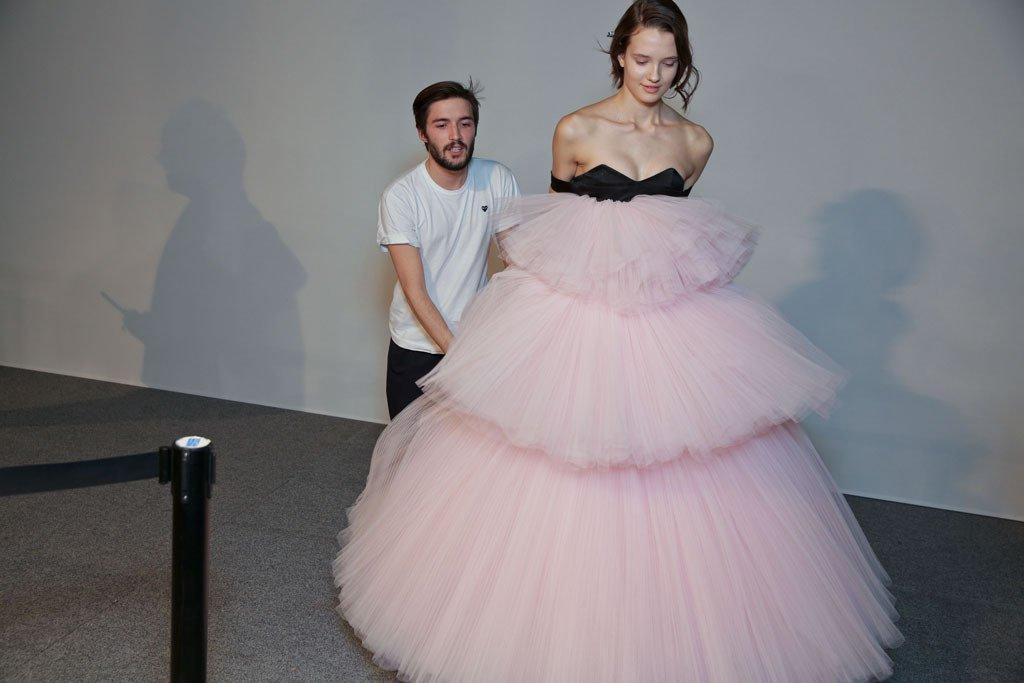 Grand Elegance at Giambattista Valli Couture Spring 16