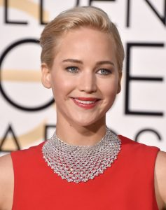 Jennifer Lawrence 2016 dior Golden Globe Beauty and Fashion