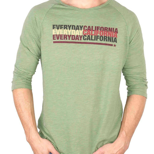 Everyday California carries men's and women's casual apparal